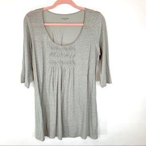 Eileen Fisher 100% Linen grey pleated scoop neck M